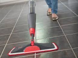 Laminated floor cleaning mop